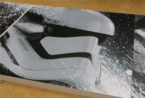 Reklaminis skydelis, išspausdintas WER-G2513UV didelės formos UV spausdintuvu