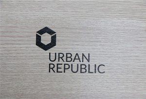 Logotipą spausdinant ant medienos WER-D4880UV